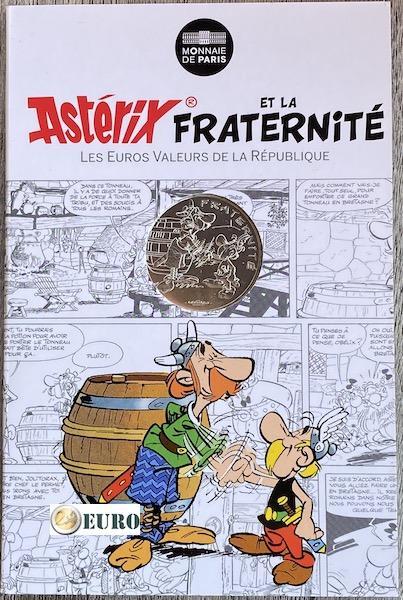 10 euro Frankrijk 2015 - Asterix fraternité bij de Britten - in coincard